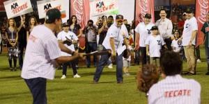 Se escucha la voz de playball en el parque Kukulcán Alamo