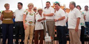 Apoyos emergentes para productores de papaya y pepino en Yucatán