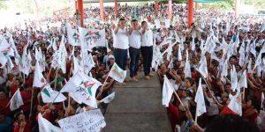 Confirman mayas su voto por Mauricio Góngora