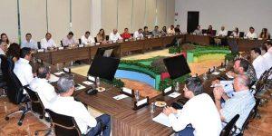 Moreno Cárdenas evalúa con gabinete avances de obras y acciones para Campeche