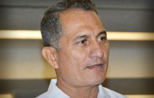 Gobiernos deben trabajar cerca de la gente para evitar errores: Méndez Lanz