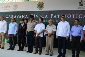 Acude Gerardo Gaudiano a ceremonia de la Caravana Cívica Patriótica