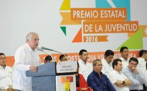 Gobierno de Tabasco comprometido con los jóvenes: Arturo Núñez Jiménez