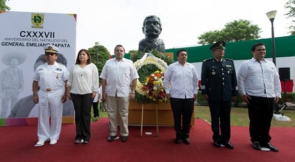 Aniversario de Emiliano Zapata campo yucateco