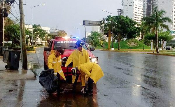 Cancun propteccion civil alcantarillas