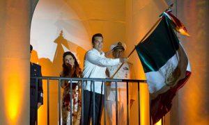 El gobernador de Campeche, Alejandro Moreno Cárdenas, encabeza ceremonia del grito de independencia