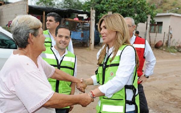 Acudir a los albergues por huracan Sonora