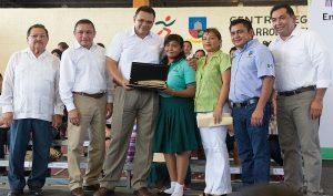 Bienestar Digital continúa beneficiando a más familias yucatecas