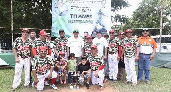 campeones-de-softbol-pina-gutierrez