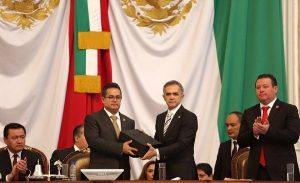 Entrega Mancera Cuarto Informe de Gobierno a la ALDF