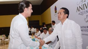 Asiste Remberto Estrada a la celebración del XLII Aniversario de la creación del Estado de Quintana Roo
