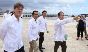 Juntos consolidaremos a Cancún como Icono Turístico nacional e internacional: Remberto Estrada