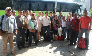 Viajan 100 chiapanecos para trabajar en Foxconn Baja California