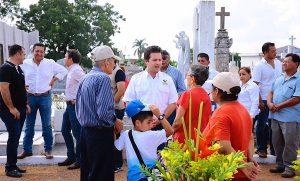 Supervisa Gaudiano funcionamiento adecuado de panteones por Día de muertos