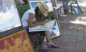 Nueve años de exponer sus creaciones sobre Paseo de Montejo