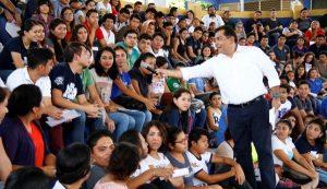 35 mil becas, en este ciclo escolar para Yucatán