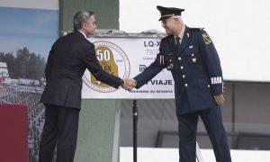 Presenta Jefe de Gobierno boleto conmemorativo del STC del Plan DN-III-E