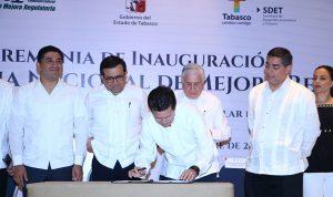 Firma Gaudiano compromiso de alcaldes tabasqueños con la mejora regulatoria