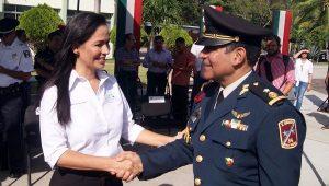 Atestigua Laura Fernández toma de posición del nuevo Comandante de la Guarnición Militar de Cancún