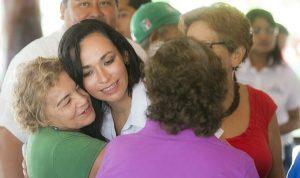 Garantiza Laura Fernández calidad en el servicio público en Puerto Morelos