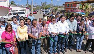 Al pavimentar camino principal de La Gloria cambiamos sus condiciones de vida: Gaudiano