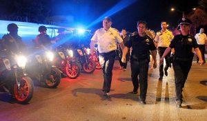 """Ponen en marcha operativo """"Lluvias de Estrellas"""" con patrullas de la Policía federal en Cancún"""