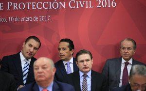 Nombran a Carlos Joaquín consejero del Consejo Nacional de Protección Civil