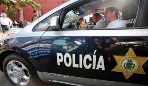 El alcalde, Mauricio Vila Dosal, entrega cuatro patrullas eléctricas a la Policía Municipal