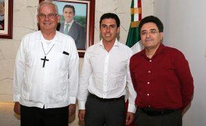 Trabajamos para recomponer el tejido social y fortalecer los valores de la familia: Remberto Estrada