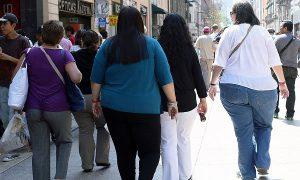 Siete de cada 10 adultos padecen sobrepeso u obesidad