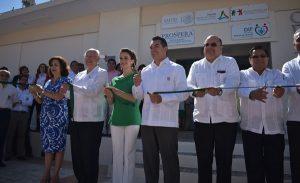 Alejandro Moreno Cárdenas y Secretario de Salud Federal inauguran el CEREDI en Campeche