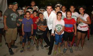Consolidar obra social e infraestructura de calidad en Benito Juárez de 10: Remberto Estrada