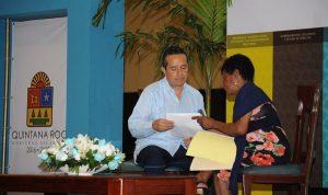 Escuchar a la gente y resolver las necesidades es mi trabajo: Carlos Joaquín