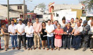 Cumple Gaudiano en la colonia Carrizal con drenaje, pavimentación y caseta rehabilitada