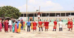 Internos de ocho centros penitenciarios regionales de Tabasco viven el Viacrucis
