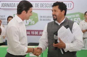 """Beneficia Remberto Estrada a contribuyentes con la """"Jornada Municipal de Descuentos 2017"""""""