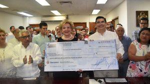 Entrega Congreso de Tabasco donativo a la Cruz Roja