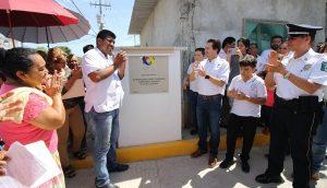 Inaugura Gaudiano calle pavimentada y techumbre en la villa Macultepec