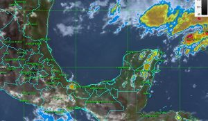 Se mantienen temperaturas muy calurosas, sin descartar lluvias en la Península de Yucatán