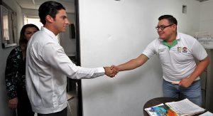 Remberto Estrada visita instalaciones de la dirección municipal de Ecología