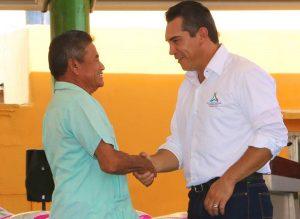 Se respaldara a campesinos con más de 300 nuevos tractores agrícolas: Alejandro Moreno Cárdenas