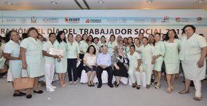 Reconoce Gobernador Núñez labor de trabajadores sociales
