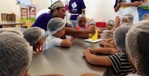 Más de mil niños aprendieron a elaborar queso durante el Quinto Festival en Tenosique