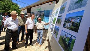Supervisa MVC obra del Centro de Conservación para la Investigación y Atención del Manatí