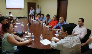 Instalan grupo de trabajo para otorgar créditos a locatarios en Tabasco