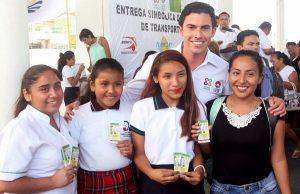 Beneficia Remberto Estrada a más de 20 mil jóvenes con programas educativos en Benito Juárez