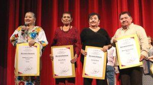 Honran a cuatro primeros actores de Yucatán