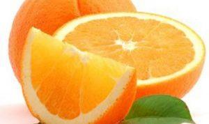 Sabes cómo hacer dos litros de jugo con una sola naranja