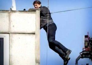 """Fractura de Tom Cruise frena """"Misión Imposible 6"""""""