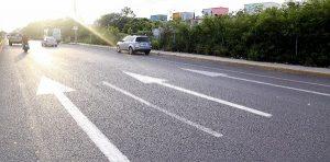 Delimitan carriles en avenidas principales para mejorar la circulación vehicular
